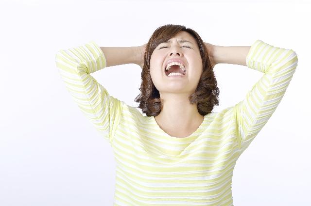 ストレスが爆発した女性